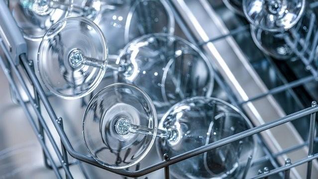 10 cosas que no hay que hacer con el lavavajillas